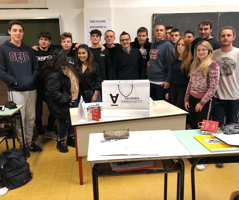 Valigeria-Ambrosetti-partecipa-al-progetto-Aziende-in-cattedra