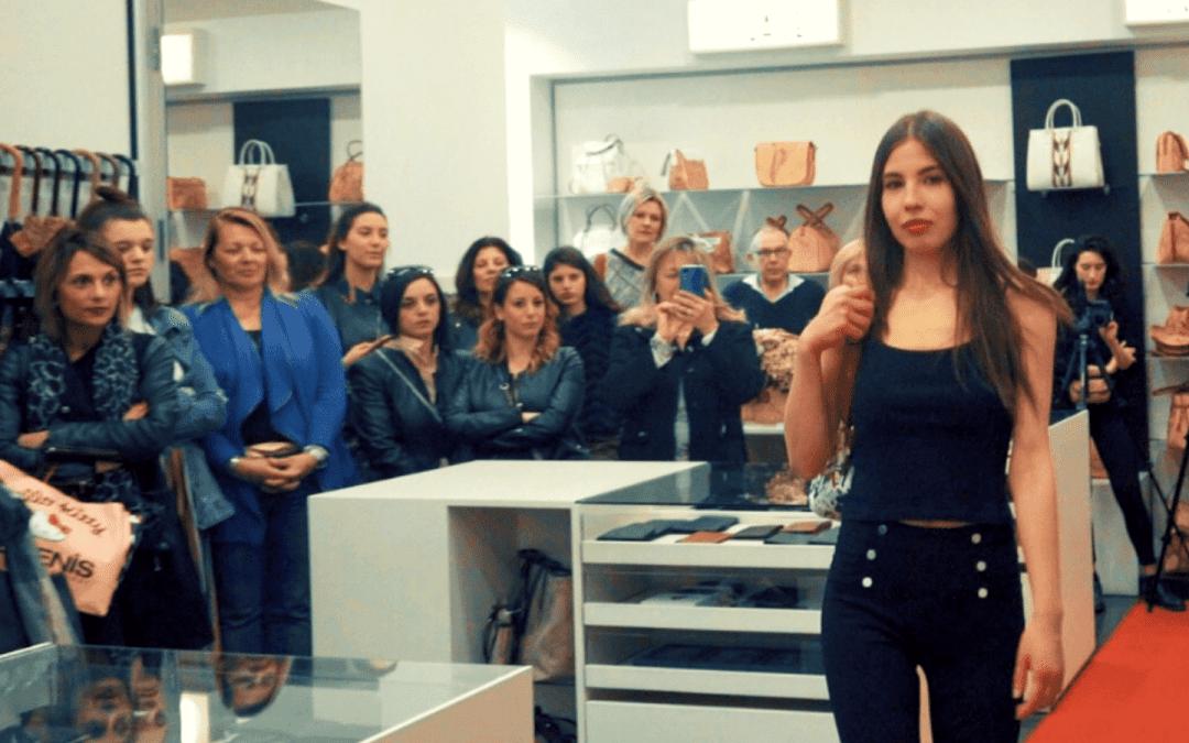 Sfilata di Moda e Vetrina Animata in negozio per presentare le Nuove Collezioni (VIDEO)